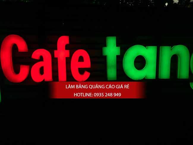 lam chu noi mica 1 - Làm chữ nổi mica gắn đèn Led quán cafe tại quận 5