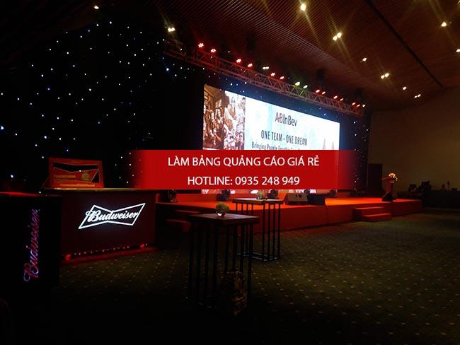 lam bang hieu backdrop hoi nghi - Làm bảng hiệu quảng cáo giá rẻ TP HCM