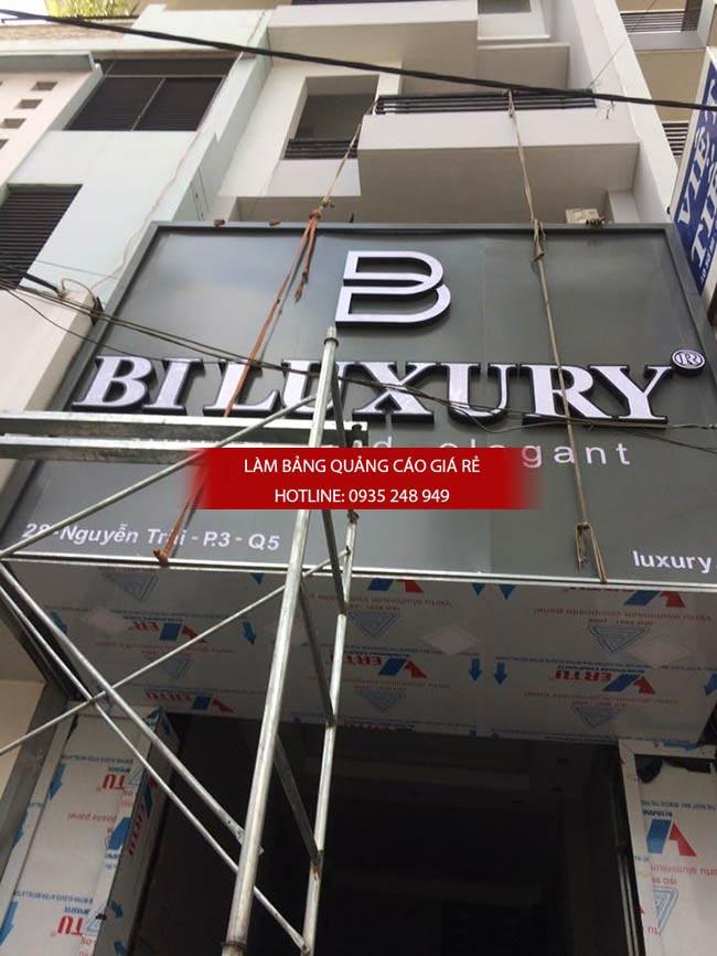 bang hieu shop thoi trang 1 - Làm bảng quảng cáo tại quận 3, TPHCM