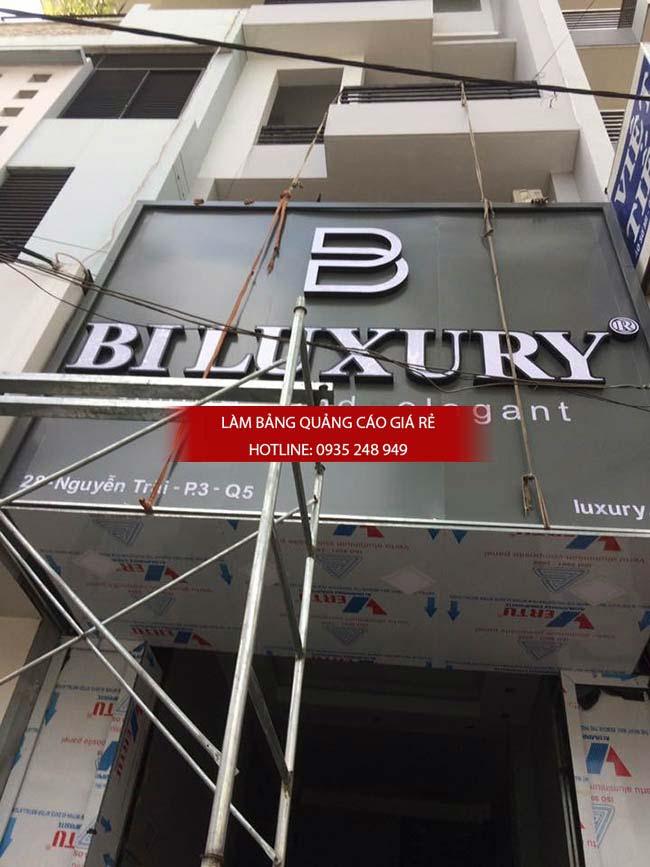 bang hieu shop thoi trang 1 - Làm bảng hiệu quận Bình Tân