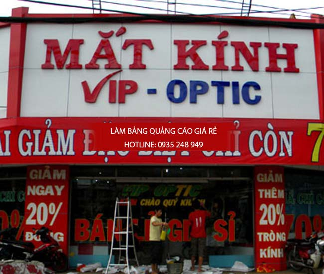 lam bang hieu mat kinh 1 - Làm bảng hiệu quảng cáo giá rẻ tại đường Hậu Giang quận 6