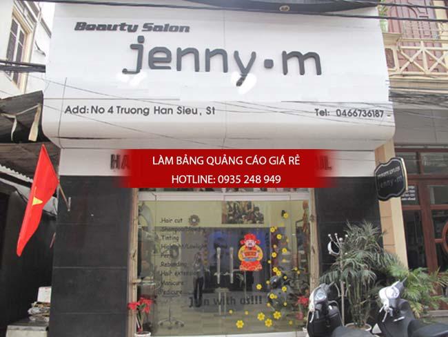 lam bang hieu tiem toc 16 - Làm bảng hiệu salon tóc đẹp tại quận 10