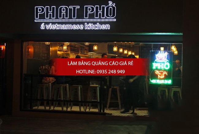 mau bang hieu nha hang 11 - 10 mẫu bảng hiệu nhà hàng đẹp
