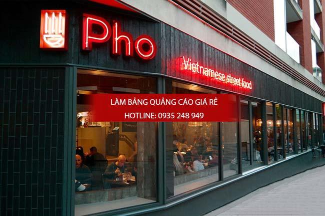 mau bang hieu nha hang 8 - 10 mẫu bảng hiệu nhà hàng đẹp