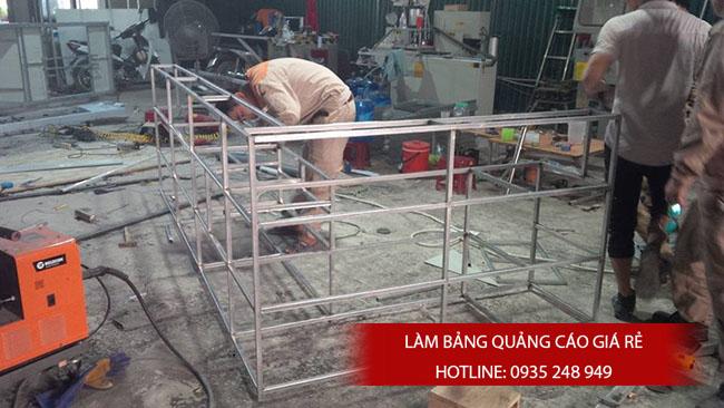 thi cong bang hieu alu 2 - Làm bảng hiệu quảng cáo đường Bình Trị Đông quận Bình Tân
