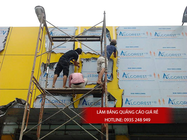 thi cong bang hieu alu 20 - Làm bảng hiệu quảng cáo đường Bình Trị Đông quận Bình Tân