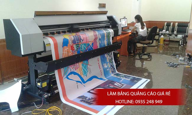 thi cong backdrop 14 - Làm bảng hiệu quảng cáo giá rẻ chuyên nghiệp tại TPHCM