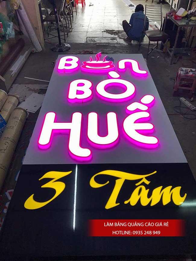 thi cong lam bang hieu quang cao 113 - Làm bảng hiệu quảng cáo đường số 7 Bình Tân