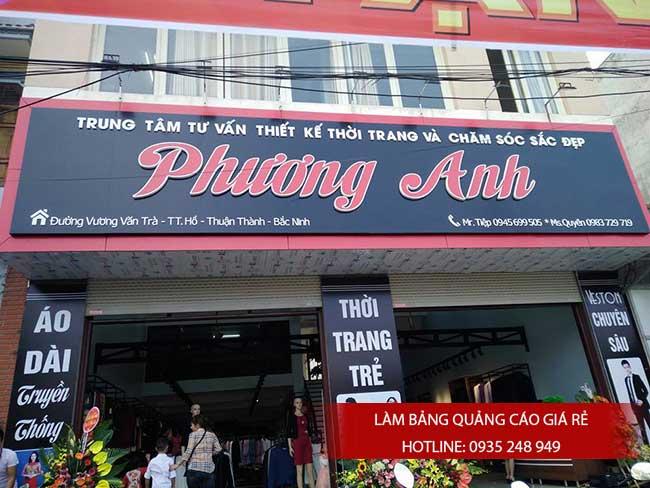 thi cong lam bang hieu quang cao 131 - Làm bảng hiệu quảng cáo đường số 7 Bình Tân