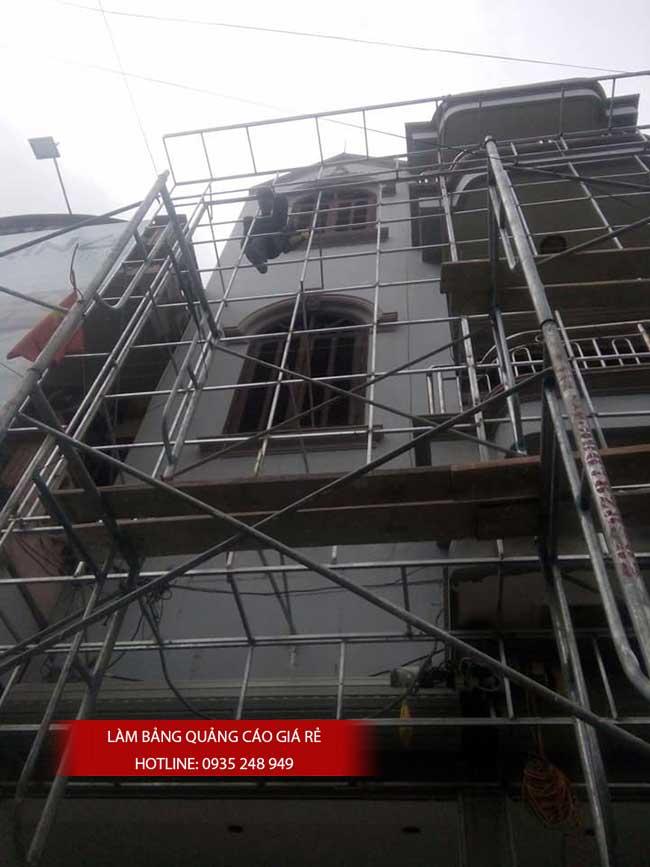 thi cong lam bang hieu quang cao 155 - Làm bảng hiệu quảng cáo đường số 7 Bình Tân
