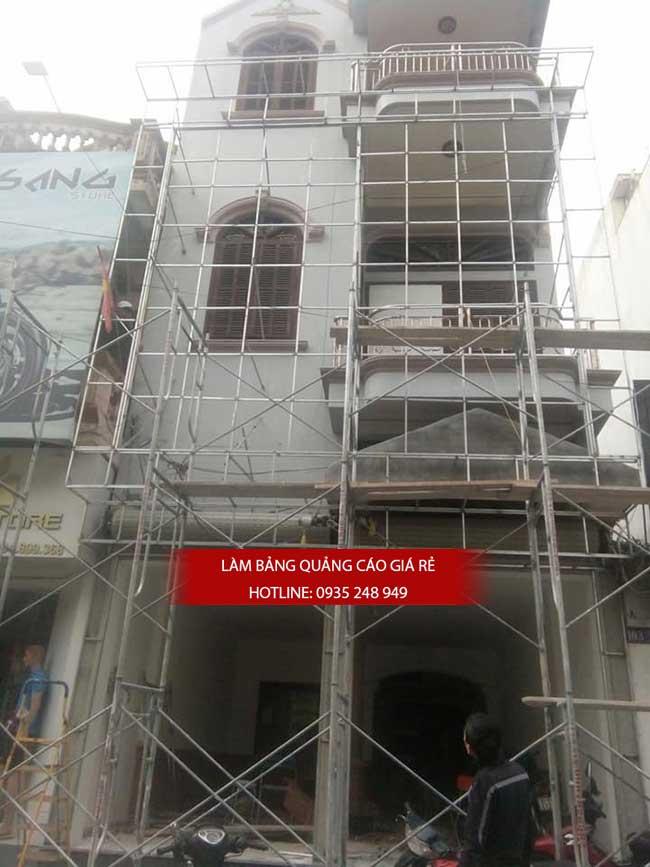 thi cong lam bang hieu quang cao 160 - Làm bảng hiệu quảng cáo đường số 7 Bình Tân