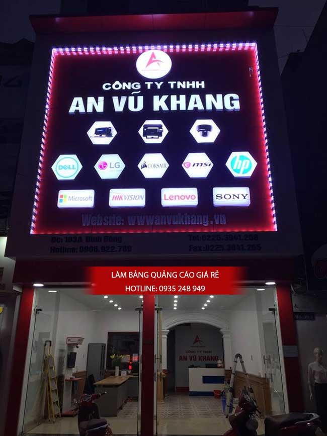thi cong lam bang hieu quang cao 164 - Làm bảng hiệu quảng cáo đường số 7 Bình Tân