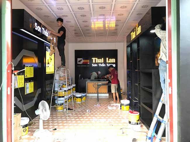 thi cong lam bang hieu quang cao 185 1 - Làm bảng hiệu quảng cáo giá rẻ tại quận 4