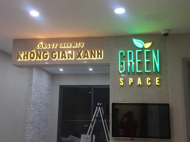 thi cong lam bang hieu quang cao 3 1 - Làm bảng quảng cáo tại đường Thoại Ngọc Hầu