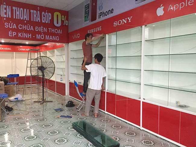 thi cong lam bang hieu quang cao 477 - Làm bảng hiệu quảng cáo giá rẻ tại quận tân phú