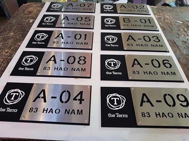 thi cong lam bang hieu quang cao 60 1 - Làm bảng hiệu công ty đẹp uy tín tại tp hcm