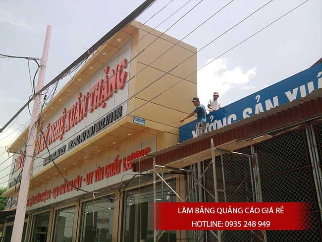 thi cong lam bang hieu quang cao 8 - Làm bảng quảng cáo tại đường tỉnh lộ 10 quận Bình Tân