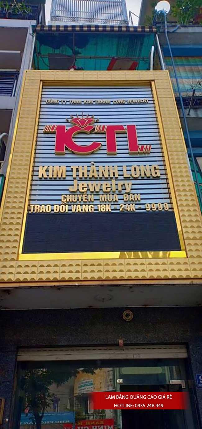 thi cong lam bang hieu quang cao 123 - Làm bảng hiệu quảng cáo giá rẻ