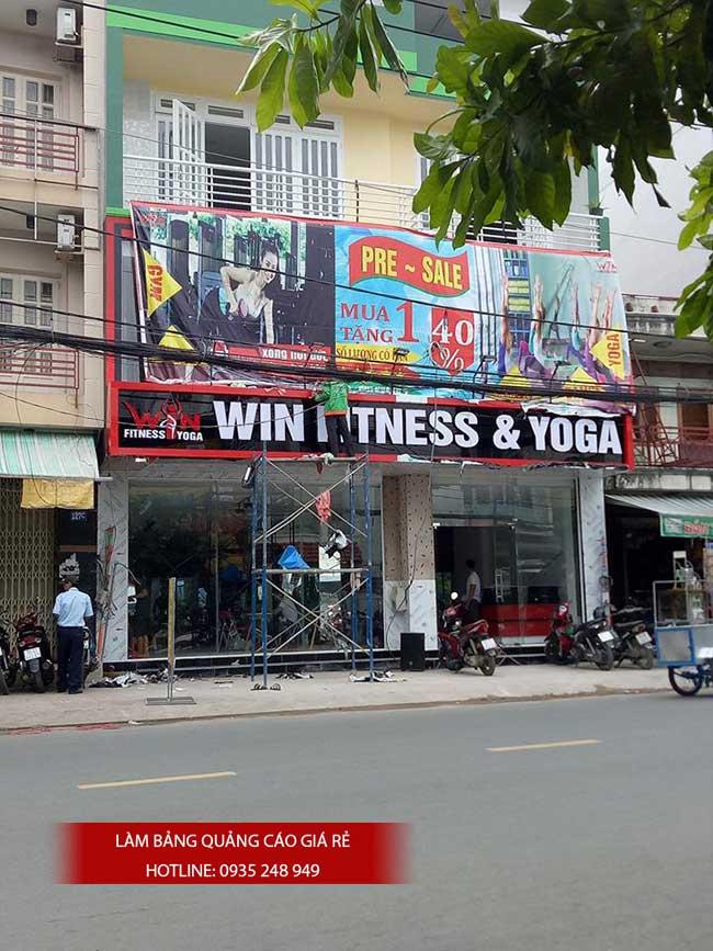 thi cong lam bang hieu quang cao 135 - Làm bảng hiệu quảng cáo giá rẻ
