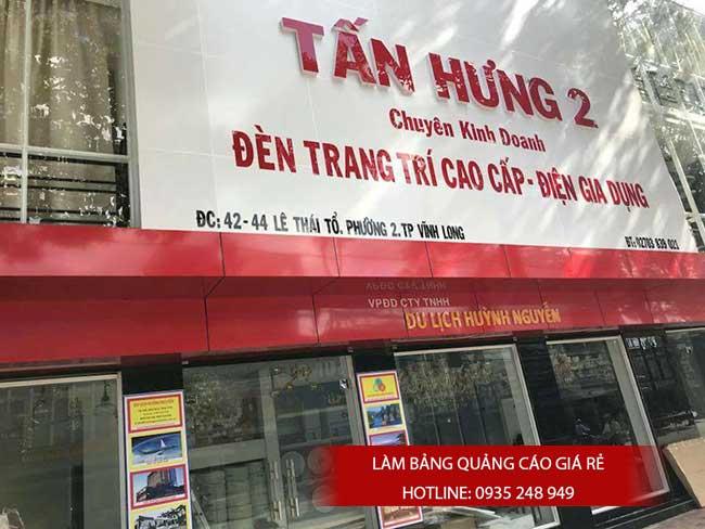 thi cong lam bang hieu quang cao 136 1 - Làm bảng hiệu quảng cáo giá rẻ tại quận 8
