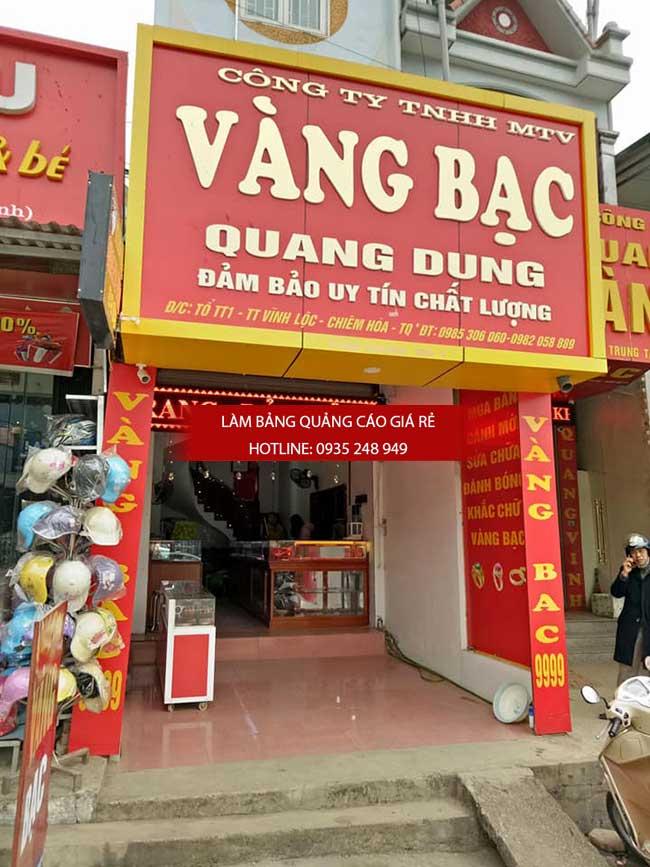 thi cong lam bang hieu quang cao 158 1 - Làm bảng hiệu quảng cáo giá rẻ