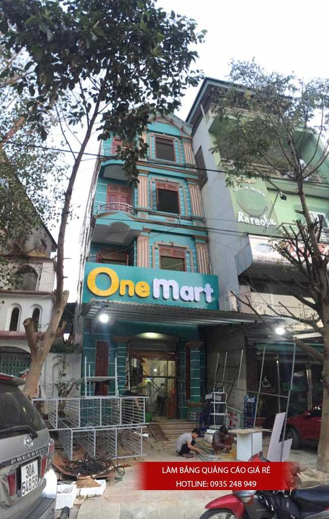 thi cong lam bang hieu quang cao 172 1 - Làm bảng hiệu quảng cáo đường Nguyễn Sơn quận Tân Phú
