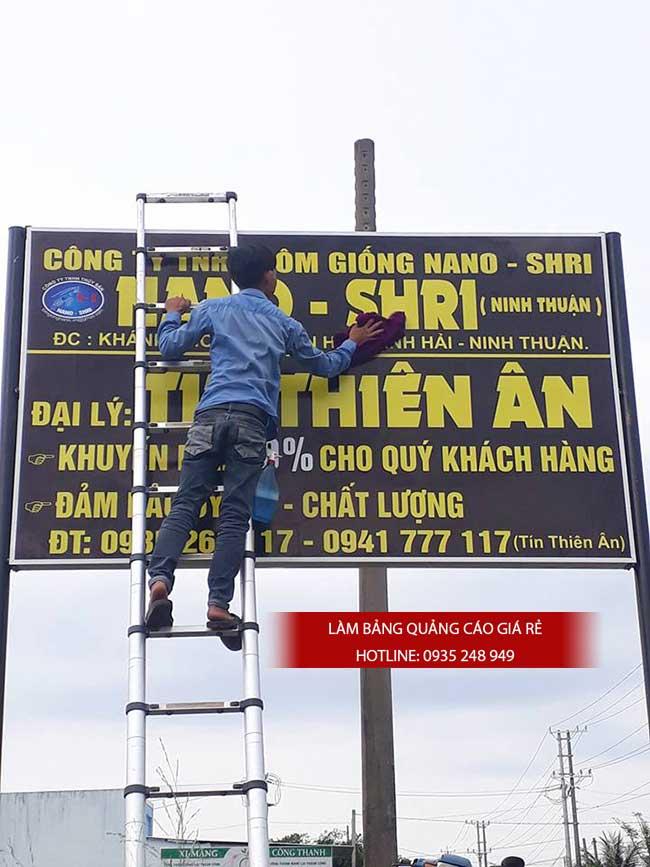 thi cong lam bang hieu quang cao 198 1 - Làm bảng hiệu quảng cáo đường Nguyễn Sơn quận Tân Phú