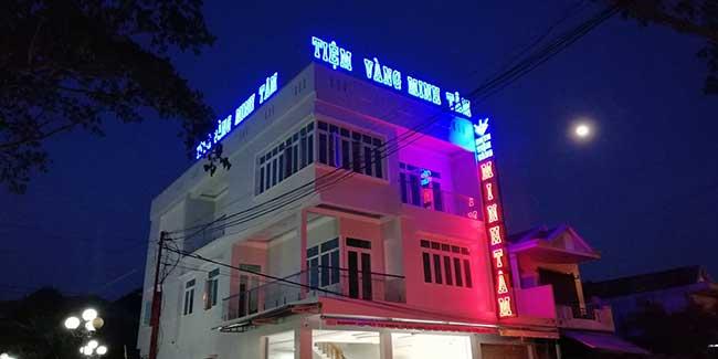 thi cong lam bang hieu quang cao 231 - Làm bảng quảng cáo tại đường Lê Văn Quới quận Bình Tân