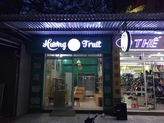 thi cong lam bang hieu quang cao 282 - Làm bảng hiệu quảng cáo giá rẻ tại quận Tân Phú TP HCM