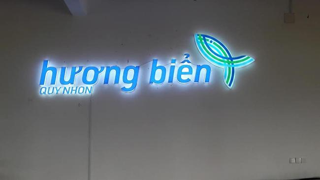 thi cong lam bang hieu quang cao 290 - Làm bảng hiệu quảng cáo giá rẻ tại quận Tân Phú TP HCM
