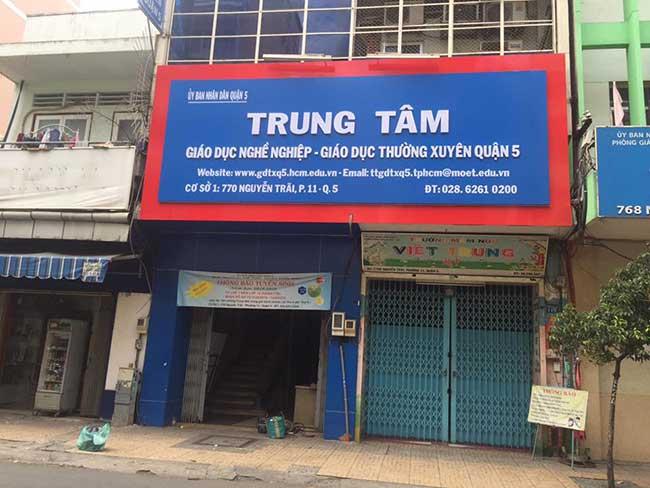 thi cong lam bang hieu quang cao 310 - Làm bảng hiệu quảng cáo đường Nguyễn Sơn quận Tân Phú