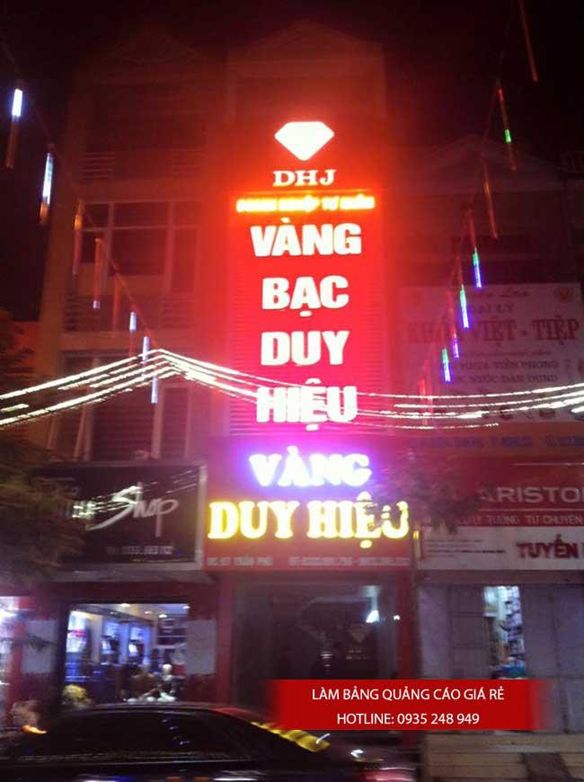 thi cong lam bang hieu quang cao 5 1 - Làm bảng hiệu quảng cáo đường Nguyễn Sơn quận Tân Phú