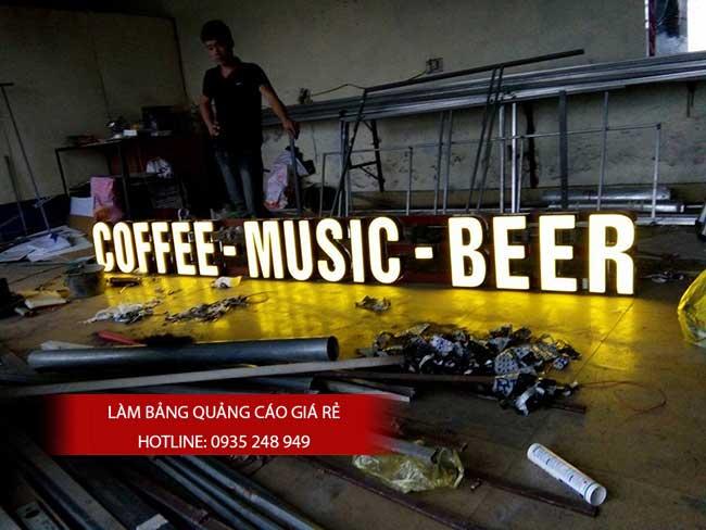 thi cong lam bang hieu quang cao 73 1 - Làm bảng hiệu chữ nổi mica quận Tân Phú