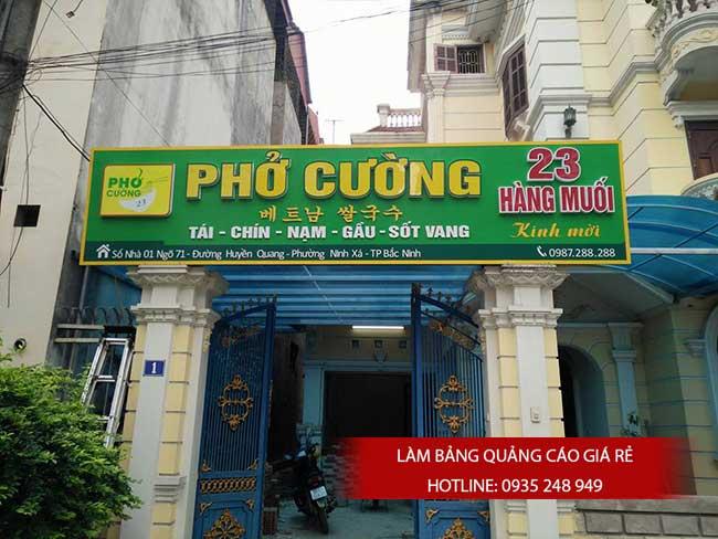 thi cong lam bang hieu quang cao 89 1 - Làm bảng hiệu quảng cáo giá rẻ tại quận tân phú