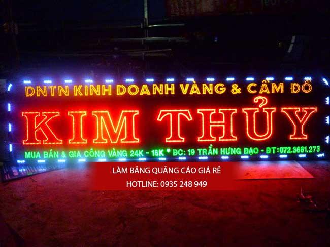 bang hieu hop den led 2 - Làm bảng hiệu đèn led quận 1