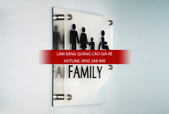 bang hieu mica chu noi 6 - Thi công làm bảng hiệu quảng cáo quận Tân Phú