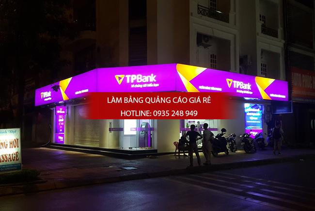 hop den 3m 5 - Thi công làm bảng hiệu quảng cáo quận Bình Tân