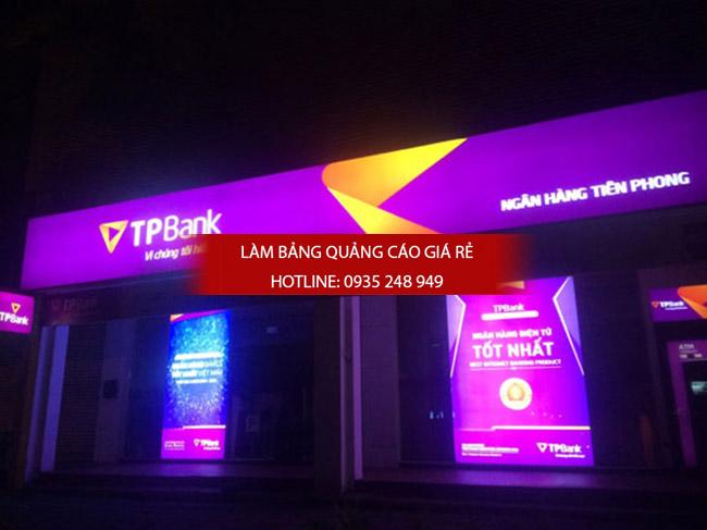 hop den 3m 7 - Thi công làm bảng hiệu quảng cáo quận Tân Phú