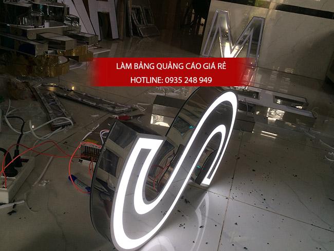 lam chu inox 2 - Thi công làm bảng hiệu quảng cáo quận Tân Phú