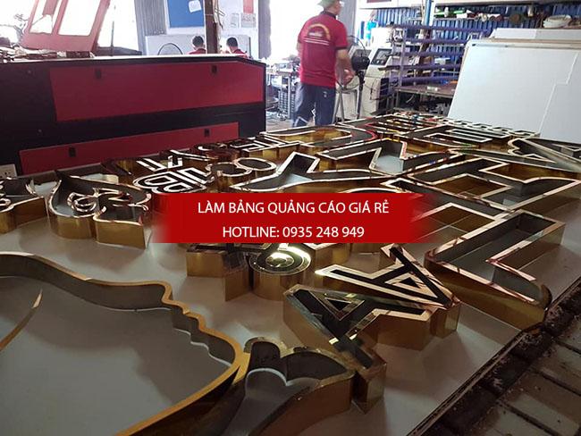 lam chu inox gia re 11 - Thi công làm bảng hiệu quảng cáo quận Tân Phú