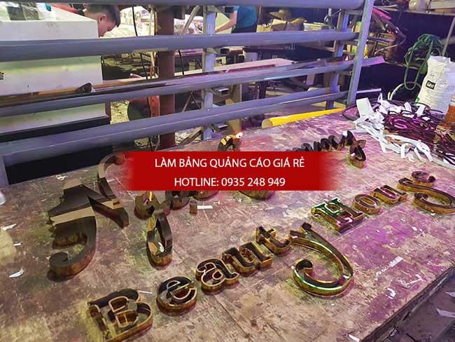 lam chu inox gia re 13 - Thi công làm bảng hiệu quảng cáo quận Tân Phú