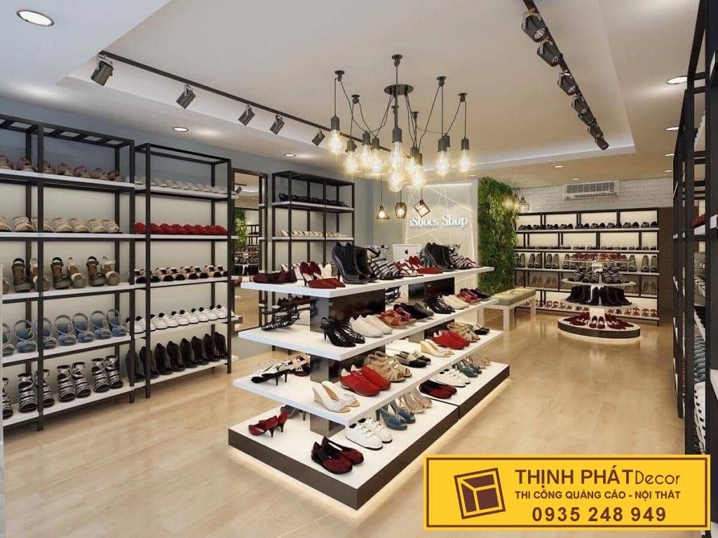 tủ kệ trưng bày của hàng giày công sở